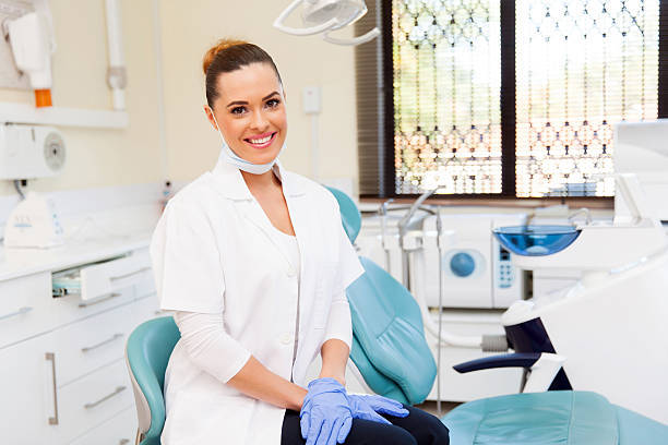 Guide to Finding a Professional Teeth Whitening Dentist
